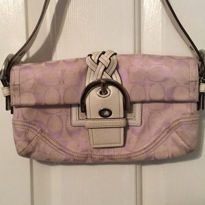 Coach Signature Shoulder Bag lavender/white